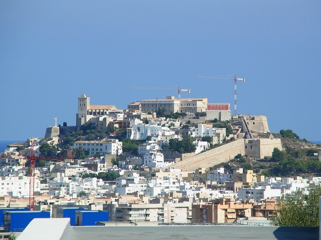 best-hostels-in-spain-ibiza-castle-city