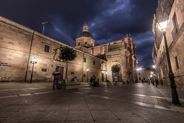 best-hostels-in-spain-salamanca