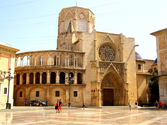 weekend-in-valencia-cathedral