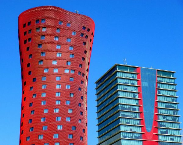 stay-near-barcelona-hospitalet