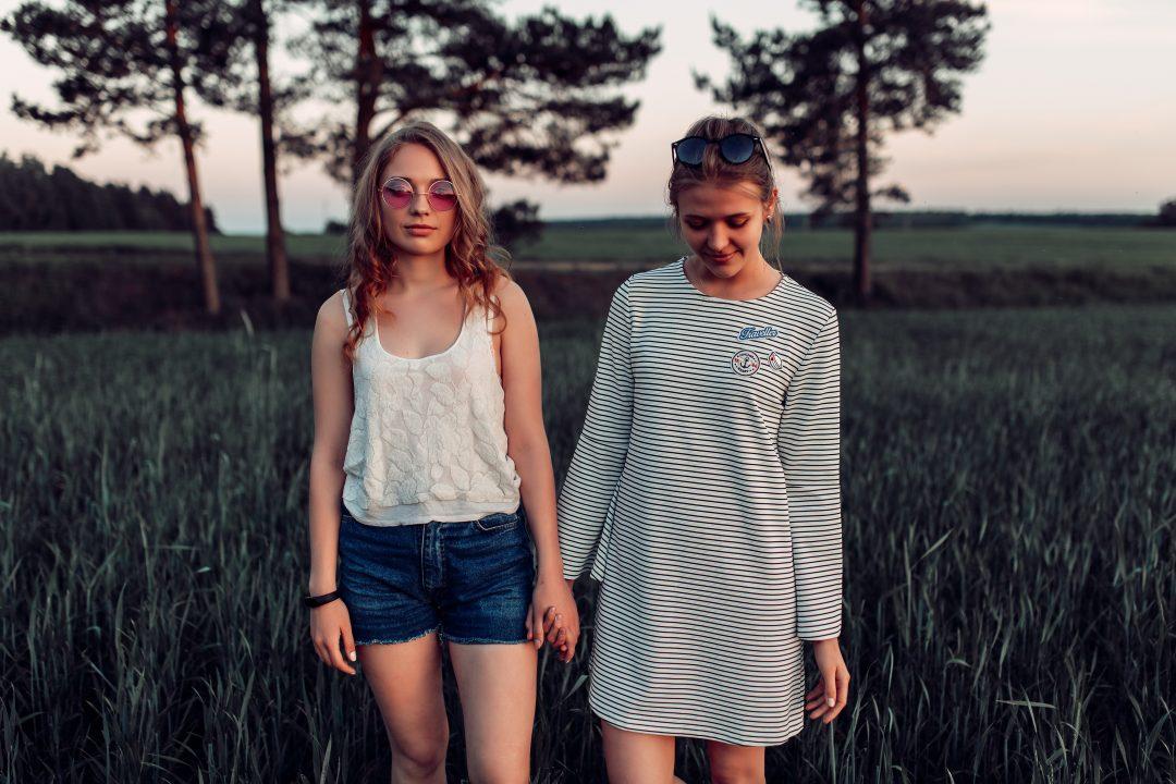 best-specialty-coffee-shops-in-minsk-cover-girls