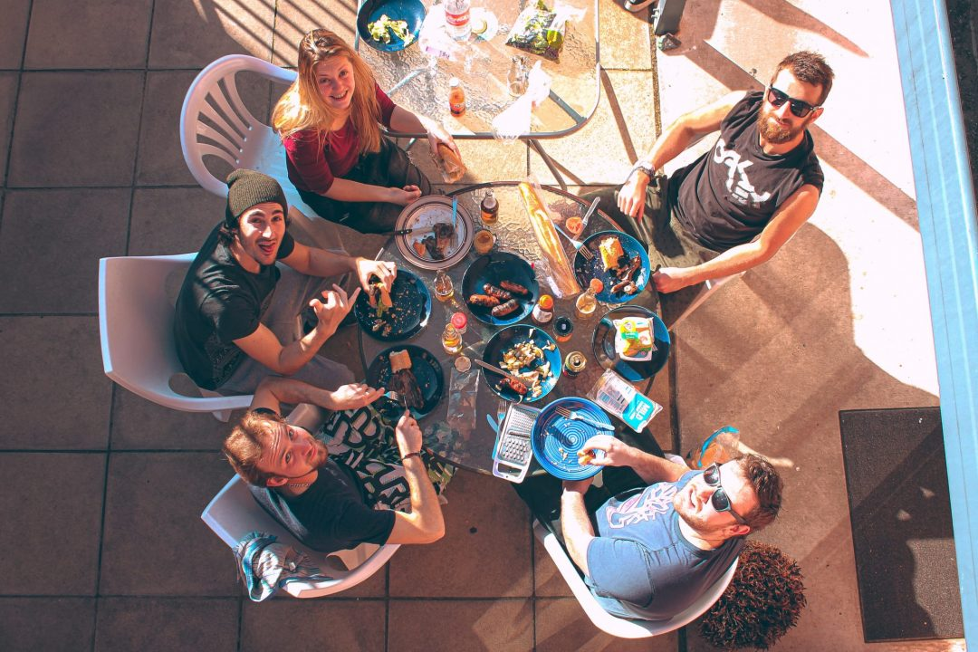 hostel-dorm-coronavirus-guests-eating