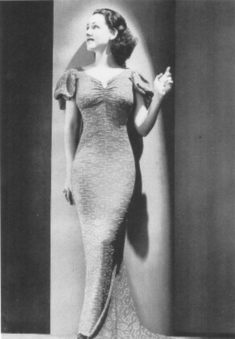 Statuesque Kathleen Lane, pictured here in 1938, was Berigan's best female vocalist. Unfortunately, like Danny Richards, she was unable to make very many records with the Berigan band.