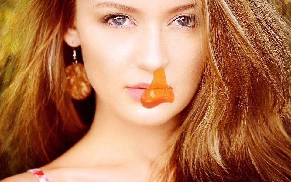 Teen sex condom in pocket — img 1
