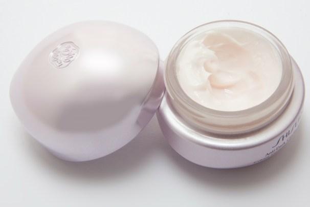 luxurious moisturizer