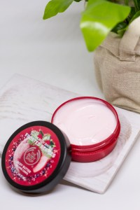 the body shop body butter frosted berries bunnyechoes