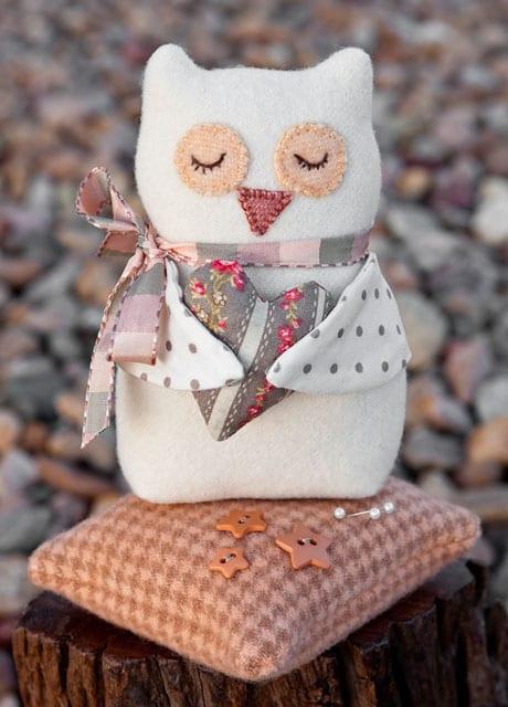 Bitty Owl Pincushion