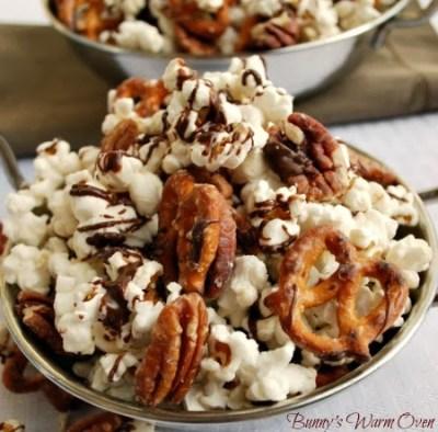 Striped Chocolate Popcorn