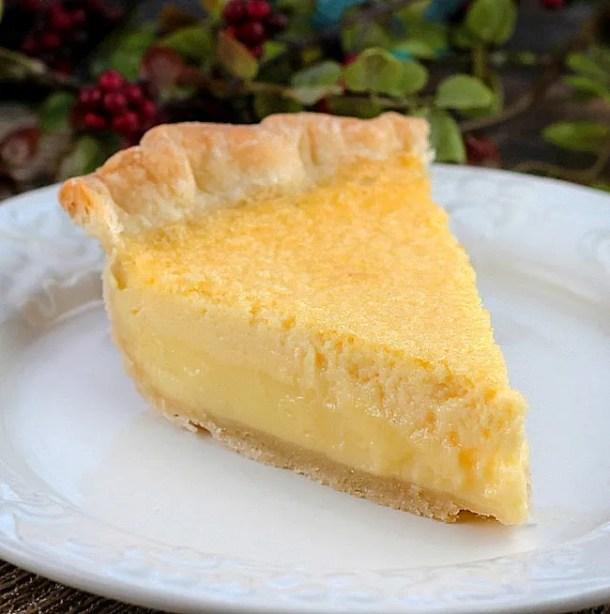 Old Fashioned Buttermilk Lemon Pie
