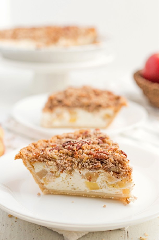 Apple Sour Cream Pie