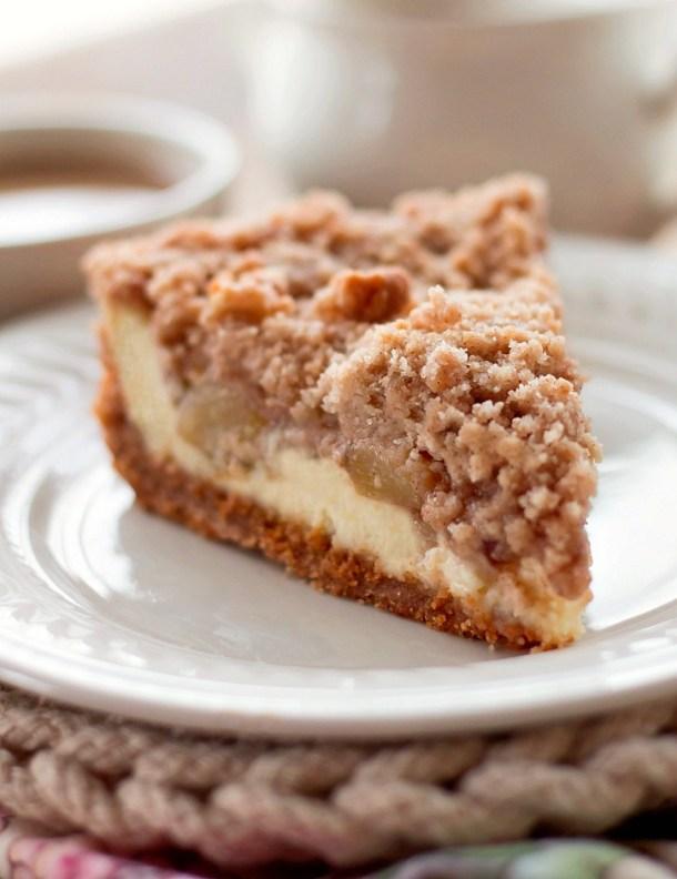 Snickerdoodle Cream Cheese Apple Pie