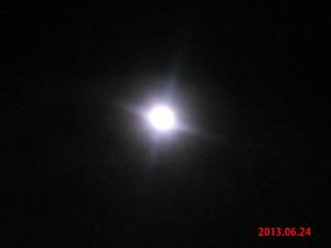 20130624スーパームーン翌日2