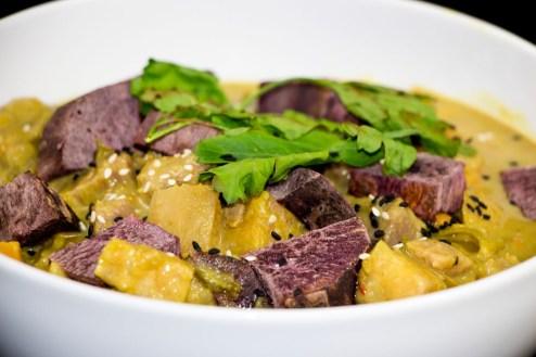 Süßkartoffel / Kochbananen Curry