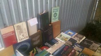 """Книжковий ринок """"Райський куточок"""". Книжка називається визвольний шлях."""