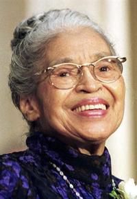 Rosa_parks_at_a_ceremony_where_she_was_p
