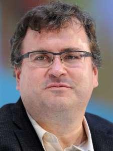 Reid Garrett Hoffman CBE bir Amerikan internet girişimcisi, girişim kapitalisti ve yazarıdır. Hoffman, öncelikle profesyonel ağlar için kullanılan, iş odaklı bir sosyal ağ olan LinkedIn'in kurucu ortağı ve icra başkanıydı. Halen risk sermayesi şirketi Greylock Partners'ta ortaktır