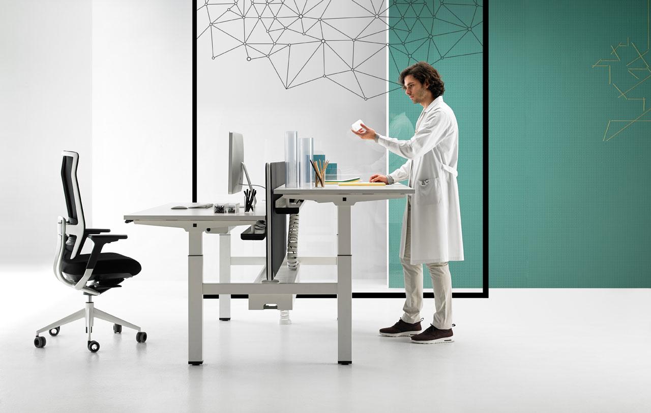 Bureau ergonofis des bureaux ajustables et électriques pour