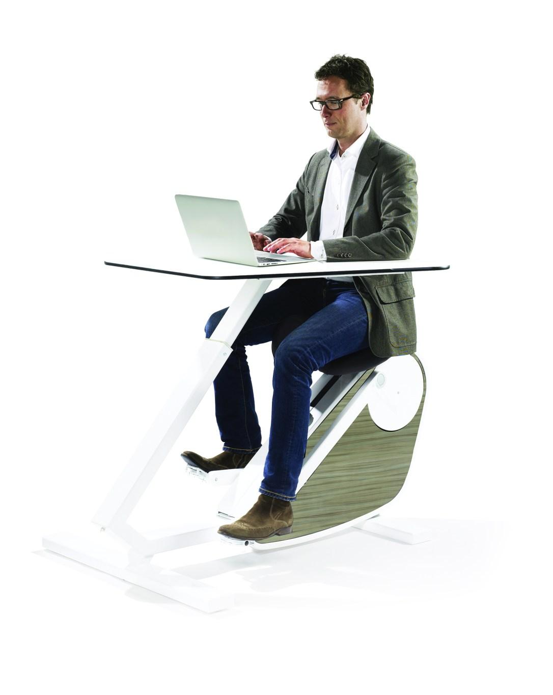 travailler debout pourquoi est ce vital notre enqu te burama. Black Bedroom Furniture Sets. Home Design Ideas