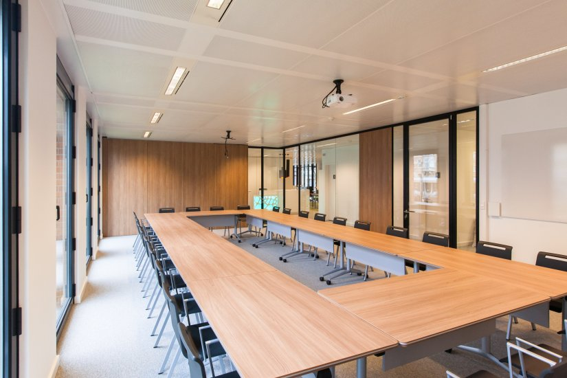 mobilier de bureau et aménagement salle de réunion burama 7
