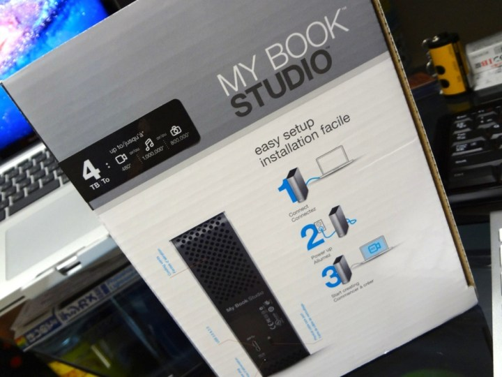 my-book-studio-wdbcpz0040hal-1DSC00044