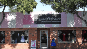 HUGE Sample Sale At Unique Vintage In Burbank On August 24th!