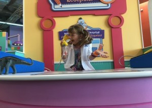 Check Out The New Doc McStuffins Exhibit At Discovery Cube Los Angeles With Our #DocAtTheCube Scavenger Hunt!