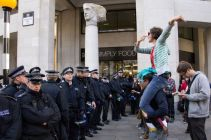 1318774467-heavy-police-presence-and-arrests-at-occupy-london-stock-exchange_879835