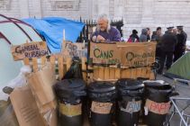 1319068620-occupy-london-stock-exchange-on-day-4--london_886190
