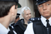 julian-assange-anonymous-occupy-london