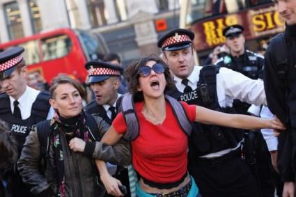 Protestors+During+Occupy+London+Stock+Exchange+Jk8nCRyJy7Wl