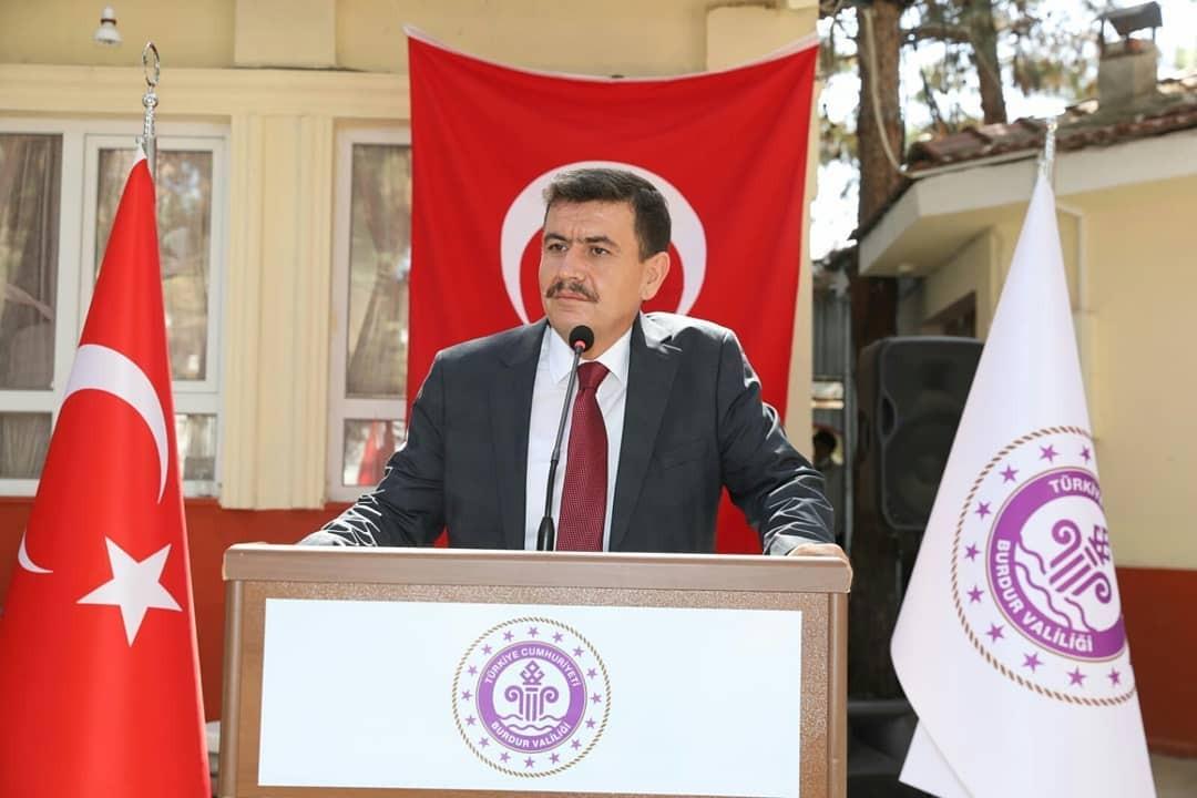 """Burdur Valisi Arslantaş: """"Bu ülkenin tapusunu şehit ve gazilerimiz mühürlemiştir"""""""