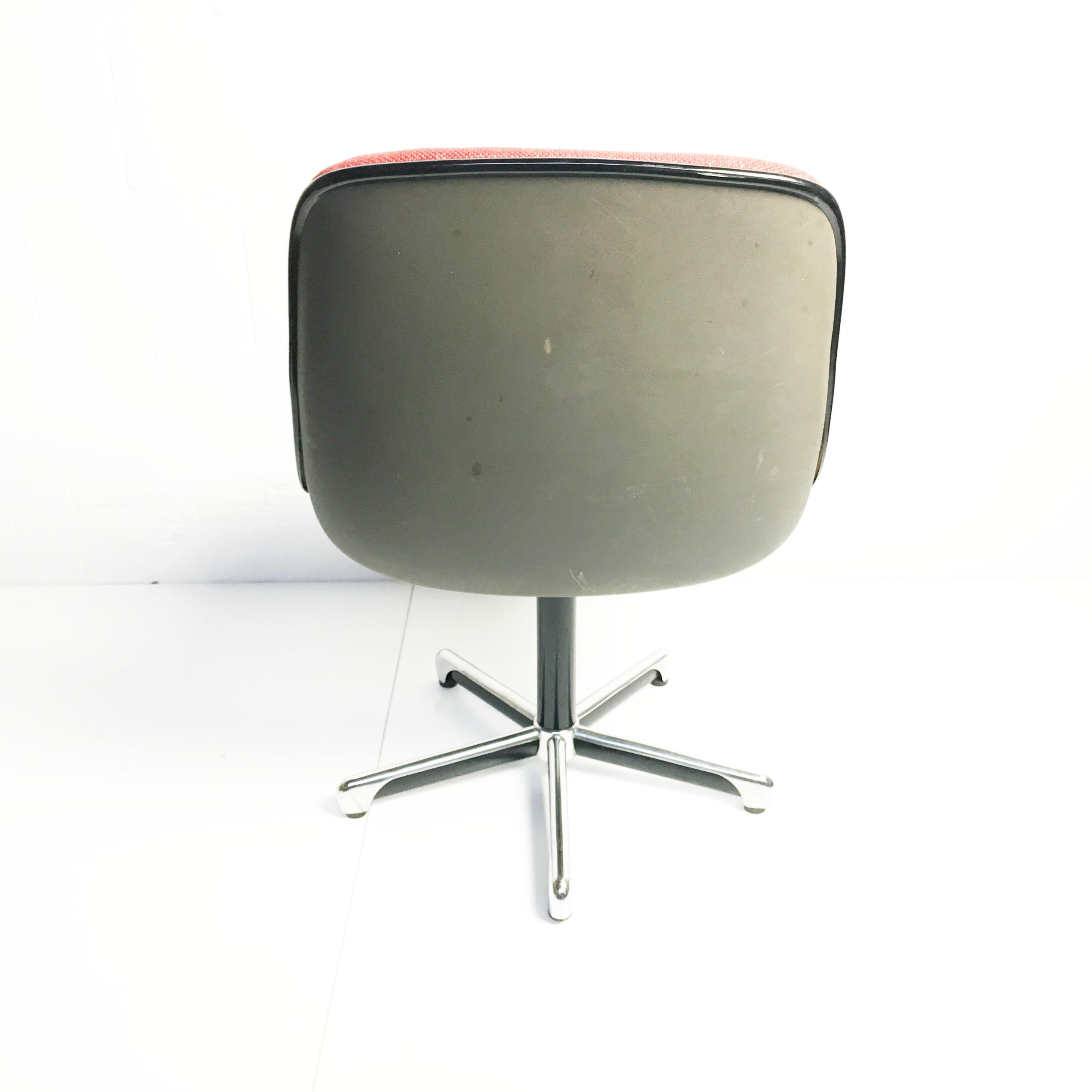 Walter Knoll Bureaustoel.Vintage Charlie Pollock Bureaustoel By Knoll 1963 Rood