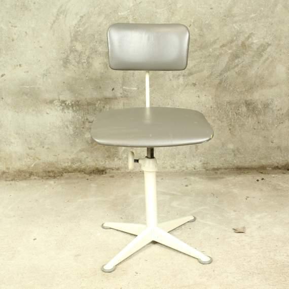 Friso Kramer vintage tekenkruk- industrial stool Ahrend de Cirkel