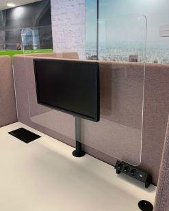 Plexi scherm tbv monitor.