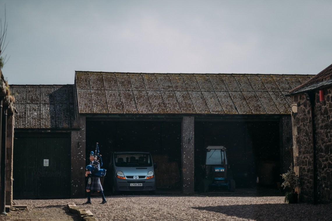 pratis-barn-wedding-133-of-629