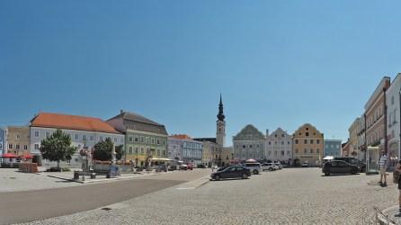 Obernberg: Barocker Marktplatz