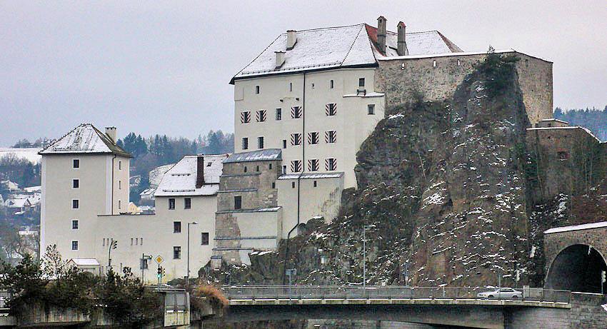 Burgenseite Passau Veste Oberhaus und Niederhaus