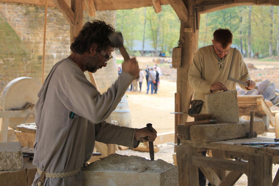Burgenbau in Frankreich Zu Besuch in Gudelon