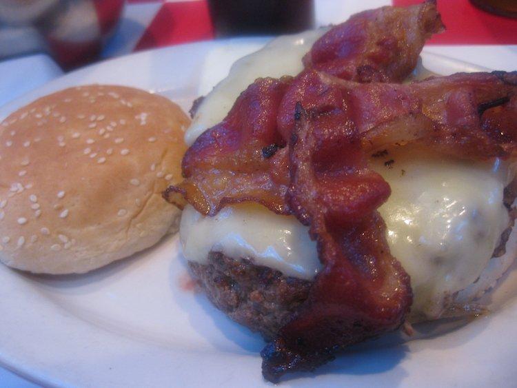 Paul's Da Burger Joint Alpine Burger