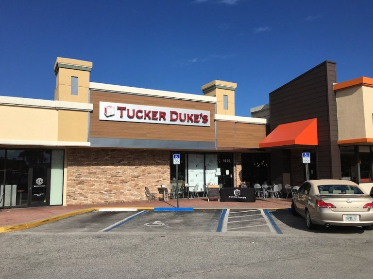 Must Eats at Tucker's Duke's Lunchbox when in Palm Beach County