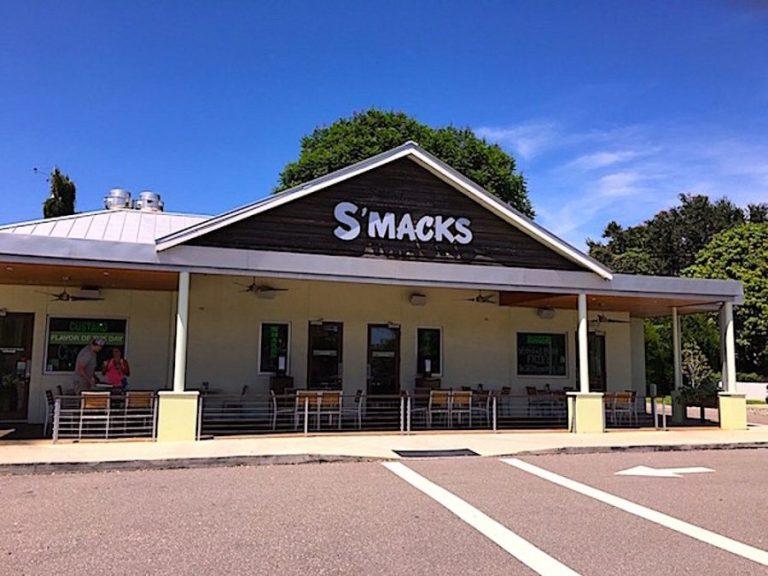 Smacks Burgers & Shakes – Sarasota, Florida