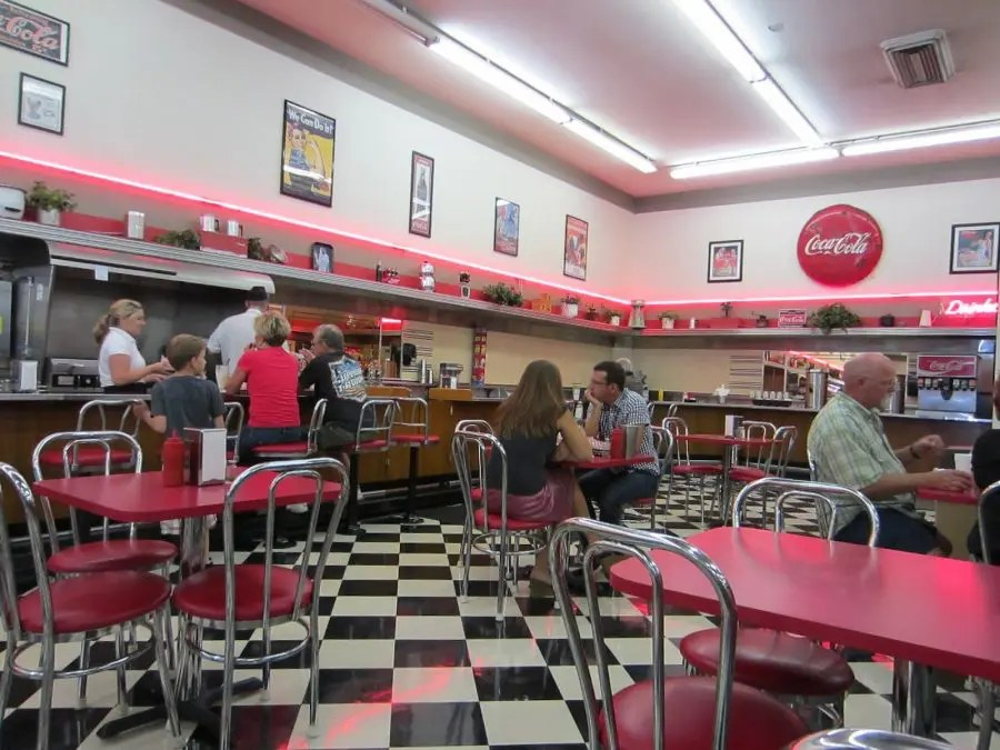 Woolworth's Luncheonette picture courtesy of ohtheplaceswewent.blogpot.com