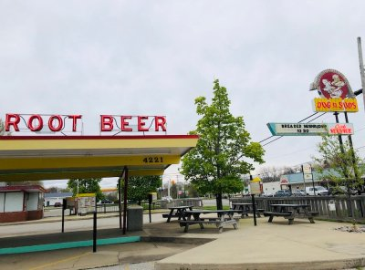 Dog 'n Suds in Muskegon & Montague, Michigan