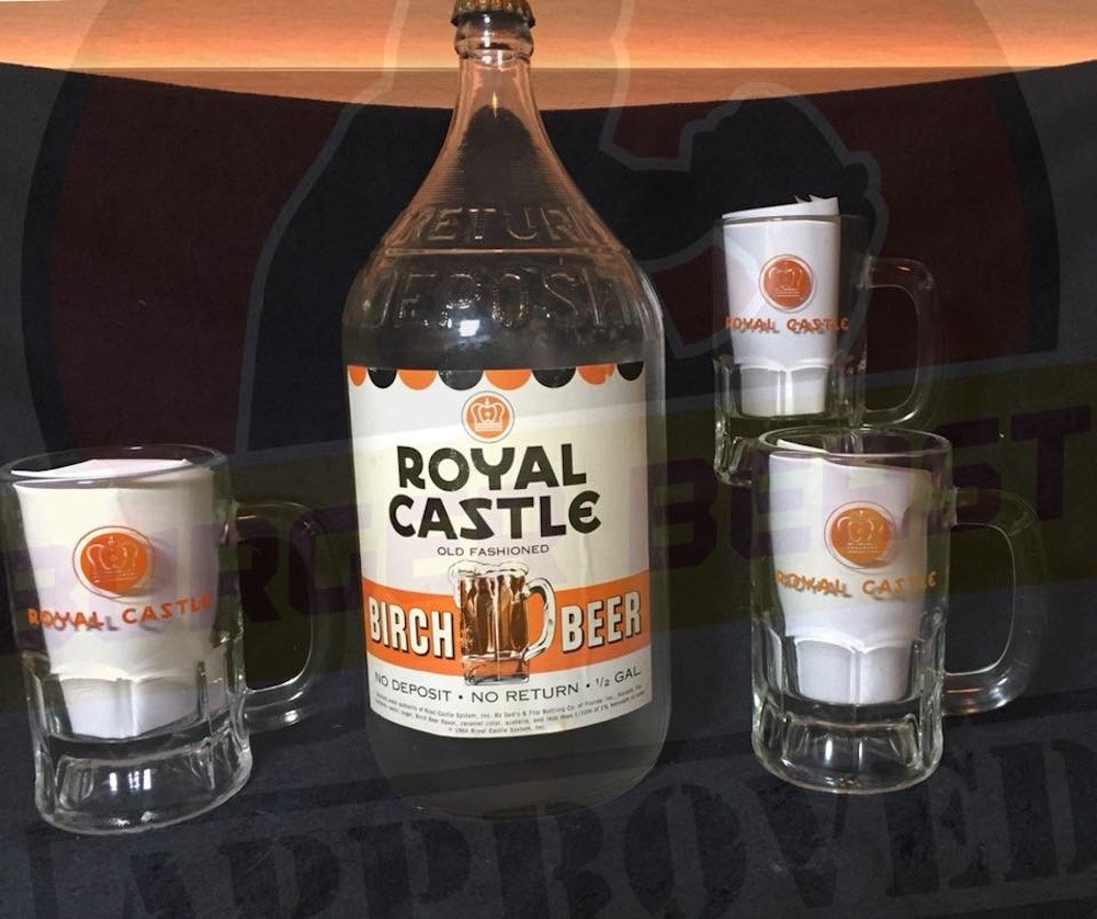 Royal Castle Birch Beer Bottle & Mugs