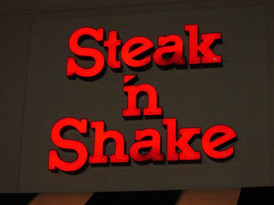 Steak 'n Shake Sign