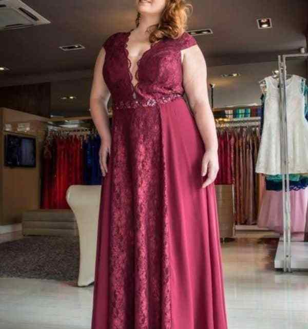 Ladies' Best Amazon Guide To Affordable Burgundy Plus Size Dresses For Wedding Cocktail Parties