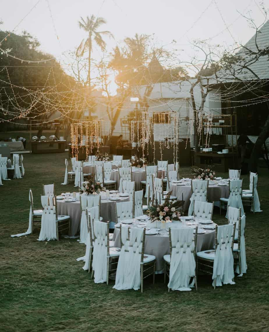 Here Are Some Amazing Tips For You To Choose The Best Burgundy Wedding Caterer For Your Special Day (2021)
