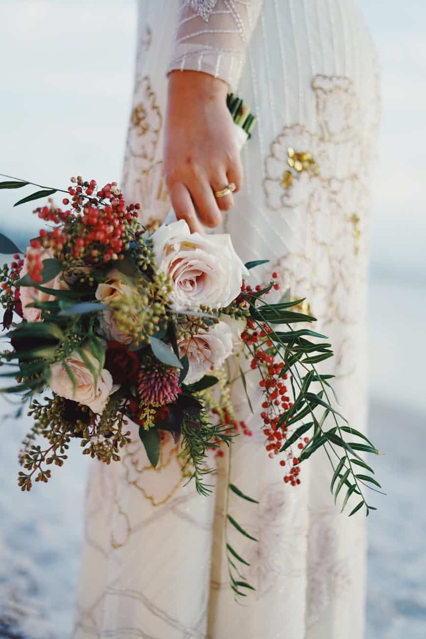 15 Reasons Why Should You Give A Burgundy Bouquet To Your Future Husband On Your Wedding Day (2021)