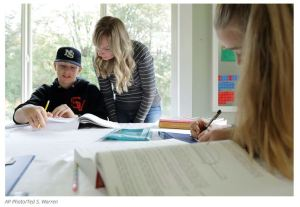Teachers' Union Nightmare Poll: Parents 'More Likely' to Keep Up Homeschooling After Lockdown
