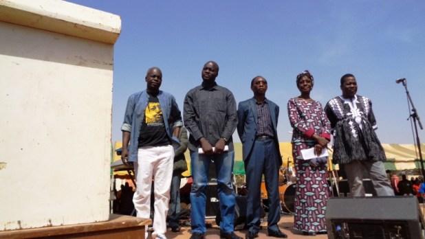 gouver Burkina Faso: La rue gronde à nouveau contre limpunité. Le premier ministre répond en promettant de punir tous les crimes de Compaoré